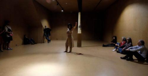 Presente. Performance Joana Bueno